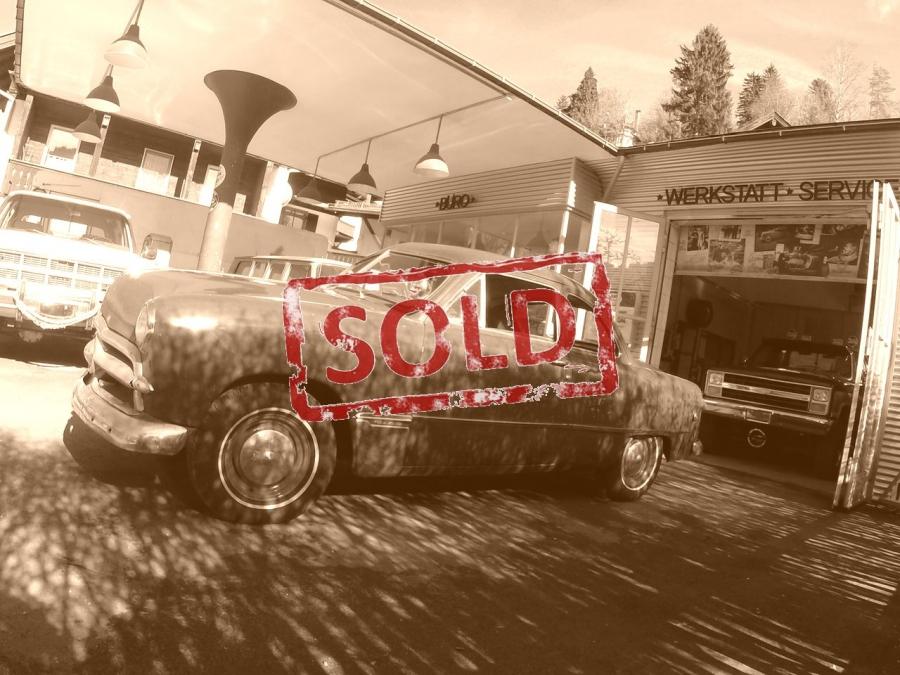 """Ford """"shoebox"""" 1949 V8"""